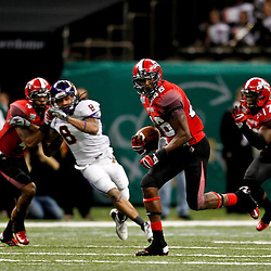 December 22, 2012; New Orleans, LA, USA; Louisiana-Lafayette Ragin Cajuns running back Alonzo Harris (46) runs for a touchdown during the second quarter of the New Orleans Bowl against the East Carolina Pirates at the Mercedes-Benz Superdome. Mandatory Credit: Derick E. Hingle-USA TODAY Sports