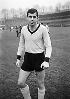 BILDET INNGÅRT IKKE I FASTAVTALENE PÅ NETT<br /> <br /> Fotball<br /> Tyskland<br /> Feature Borussia Dortmund<br /> Foto: imago/Digitalsport<br /> NORWAY ONLY<br /> <br /> 04.12.1965 <br /> Lothar Emmerich (BVB)
