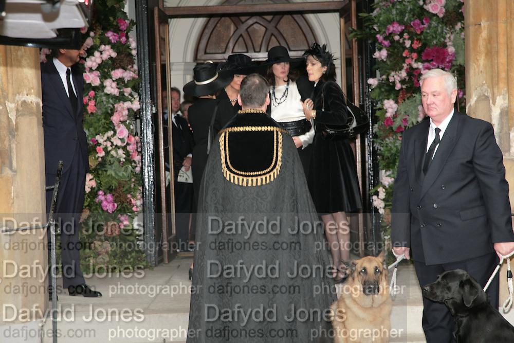 Lucy Ferry,  Robin Birley,  Lady Annabel Goldsmith and India Jane Birley. .Mark Birley funeral. St Paul's , Knightsbridge. London. 19 September 2007. -DO NOT ARCHIVE-© Copyright Photograph by Dafydd Jones. 248 Clapham Rd. London SW9 0PZ. Tel 0207 820 0771. www.dafjones.com.