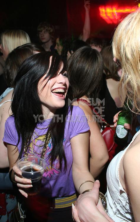 Girls in crowd, Masonic Place, Nottingham.