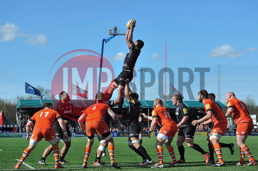 Alistair Hargreaves of Saracens rises high to win lineout ball - Photo mandatory by-line: Patrick Khachfe/JMP - Mobile: 07966 386802 11/04/2015 - SPORT - RUGBY UNION - London - Allianz Park - Saracens v Leicester Tigers - Aviva Premiership
