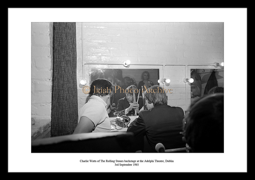Are you looking for that perfect Christmas present online or fabulous Christmas present ideas for that special person? Irishphotoarchive.ie will be your answer. Are you looking for a Father's Day present for your dad? Irishphotoarchive.ie will be your answer. Are you a real Rolling Stones fan? Old Rolling Stones photos now for Sale on Irishphotoarchive.ie