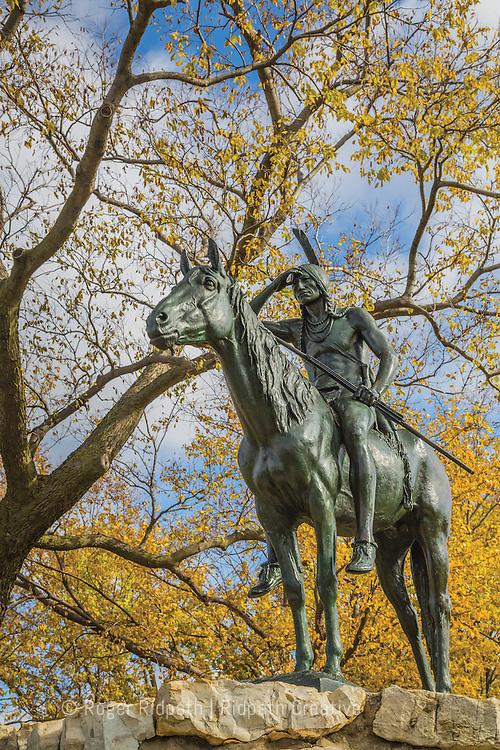 KC Scout fall full sculpture in Kansas City Missouri