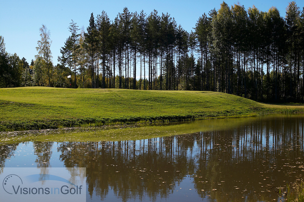 040928 Karlstad Sweden  The 11:th green at Bryngfjorden golfcourse Karlstad Sweden<br /> <br /> Photo Visions In Golf/Christer Hoglund