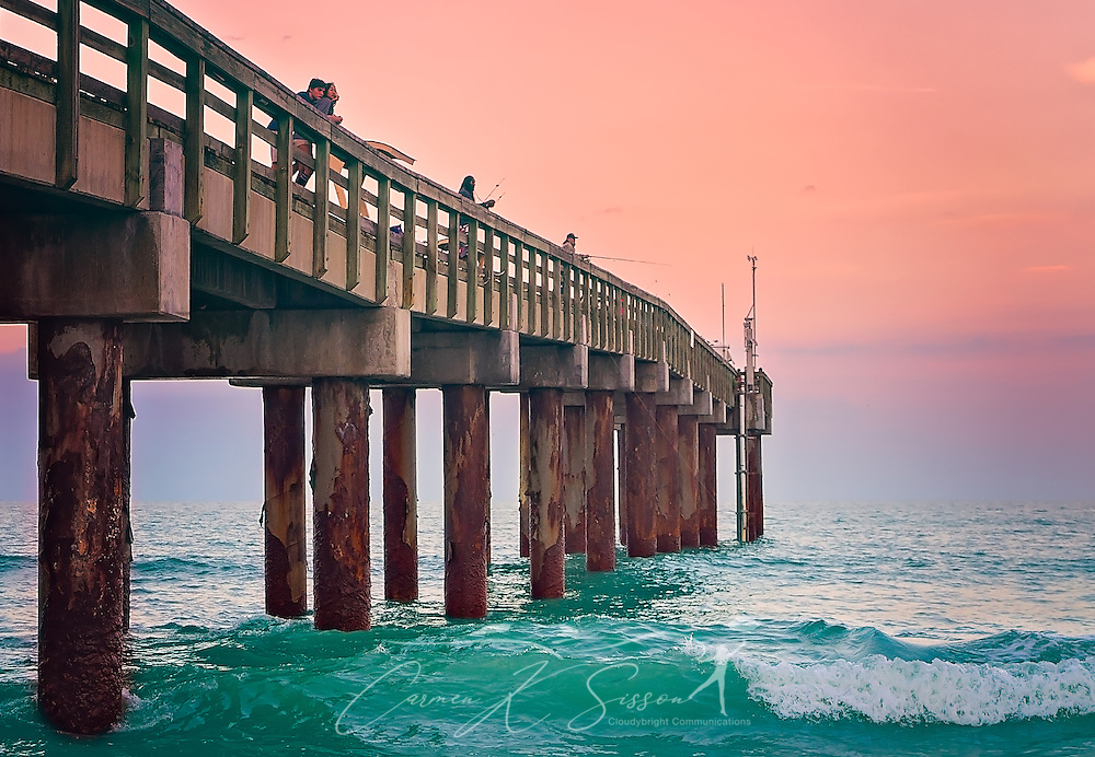 Lovers and anglers alike enjoy the Atlantic Ocean at the St. Johns County Ocean Pier, March 20, 2016, in St. Augustine, Florida. (Photo by Carmen K. Sisson/Cloudybright)