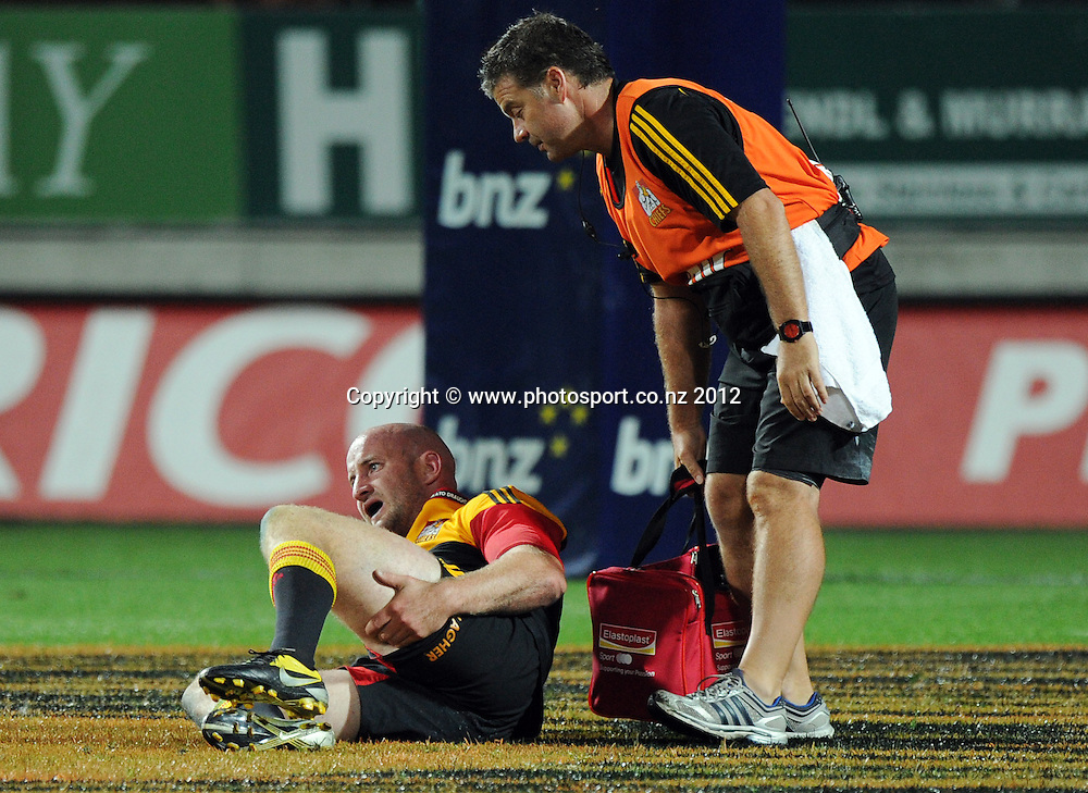 An injured Brendon Leonard during the 2012 Super Rugby season, Chiefs v Highlanders match at Waikato Stadium, New Zealand. Saturday 25 February 2012. Photo: Andrew Cornaga/Photosport.co.nz