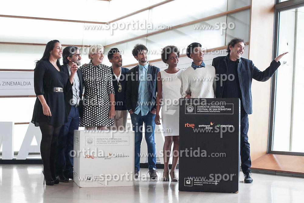 23.09.2015, Madrid, San Sebastian, ESP, San Sebastian International Film Festival, im Bild Agusti Villaronga, Maykol David Tortolo, Jazz Vila, Yordanka Ariosa and Hector Medina pose during `El rey de la Habana&acute; film presentation // during the San Sebastian International Film Festival in Madrid in San Sebastian, Spain on 2015/09/23. EXPA Pictures &copy; 2015, PhotoCredit: EXPA/ Alterphotos/ Victor Blanco<br /> <br /> *****ATTENTION - OUT of ESP, SUI*****