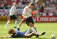 v.l. Carlos Paredes, Steven Gerrard England<br />
