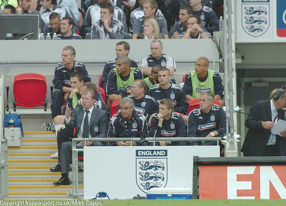 STEVE MACLAREN TERRY VENEBLES, England-Israel, Euro 2008, Wembley 8/9/2007