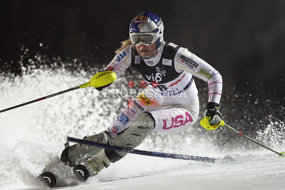 03.01.2012, Crveni Spust, Sljeme, CRO, FIS Weltcup Ski Alpin, Zagreb, Damen Slalom 2. Durchgang, im Bild Lindsey Vonn during Slalom race 2nd run of FIS Ski Alpine World Cup at 'Crveni Spust' course in Sljeme, Zagreb, Croatia on 2012/01/03. EXPA Pictures © 2012, PhotoCredit: EXPA/ nph/ PIXSELL/ Slavko Midzor..***** ATTENTION - OUT OF GER, CRO *****