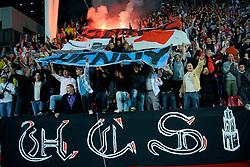 29-08-2009 VOETBAL: FC UTRECHT - SPARTA: UTRECHT<br /> Utrecht wint met 2-0 van Sparta / Utrecht support publiek vlag<br /> ©2009-WWW.FOTOHOOGENDOORN.NL