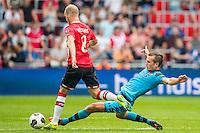 EINDHOVEN - 14-08-2016, PSV - AZ, Philips Stadion, PSV speler Jorrit Hendrix, AZ speler Stijn Wuytens