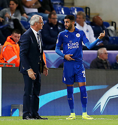 Leicester City manager Claudio Ranieri gives instructions to Riyad Mahrez - Mandatory by-line: Matt McNulty/JMP - 27/09/2016 - FOOTBALL - King Power Stadium - Leicester, England - Leicester City v FC Porto - UEFA Champions League