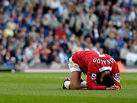 Fotball<br /> Foto: SBI/Digitalsport<br /> NORWAY ONLY<br /> <br /> Blackburn Rovers v Manchester United<br /> Barclays Premiership, 28/08/2004<br /> <br /> Manchester United's Christiano Ronaldo cannot hide his frustration as they struggle to break Blackburn down.