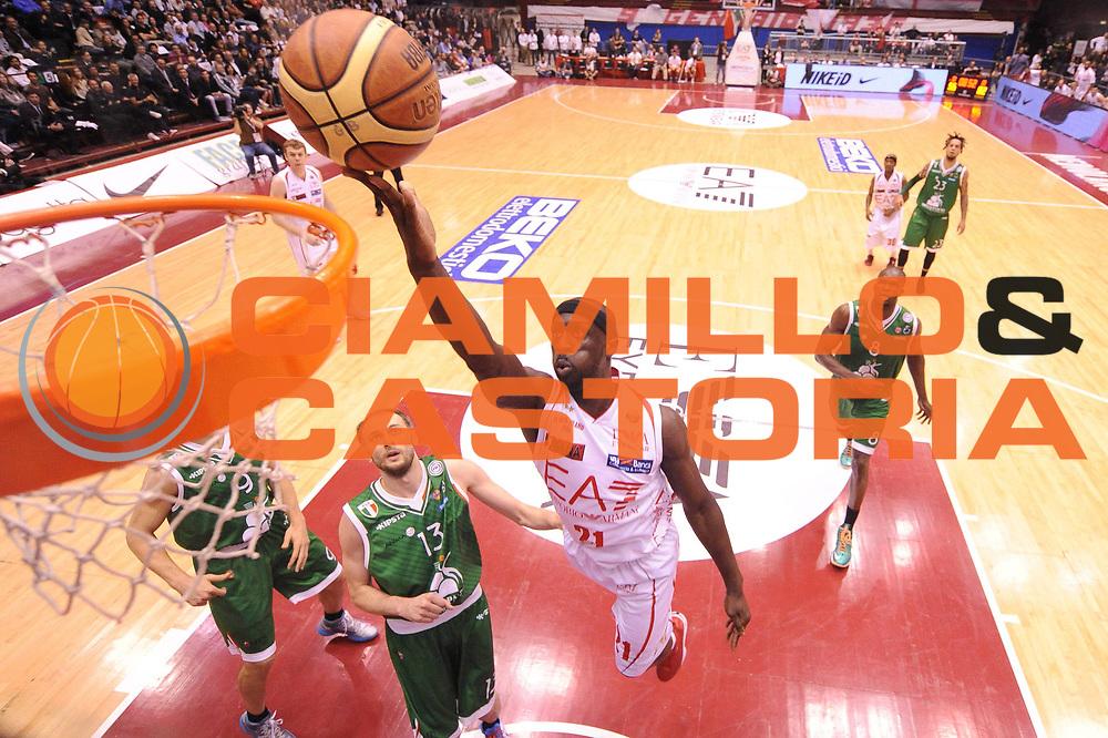 DESCRIZIONE : Milano Lega A 2012-13 Play Off Quarti di Finale Gara1 EA7 Olimpia Armani Milano Montepaschi Siena<br /> GIOCATORE : Pops Mensah-Bonsu<br /> CATEGORIA : special tiro<br /> SQUADRA : EA7 Olimpia Armani Milano Montepaschi Siena<br /> EVENTO : Campionato Lega A 2012-2013 Play Off Quarti di Finale Gara1<br /> GARA : EA7 Olimpia Armani Milano Montepaschi Siena<br /> DATA : 10/05/2013<br /> SPORT : Pallacanestro<br /> AUTORE : Agenzia Ciamillo-Castoria/M.Marchi<br /> Galleria : Lega Basket A 2012-2013<br /> Fotonotizia : Milano Lega A 2012-13 EA7 Olimpia Armani Milano Montepaschi Siena<br /> Predefinita :
