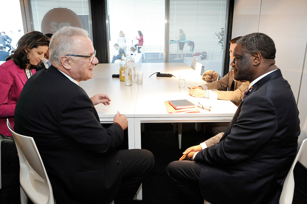 20150604- Brussels - Belgium - 04 June2015 - European Development Days - EDD  - <br /> Neven Mimica Devco and Dr Denis Mukwege<br /> UNIDO &copy; EU/UE