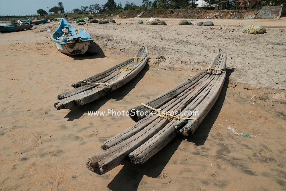 India, Tamil Nadu, Mahabalipuram fishing boats on the shore
