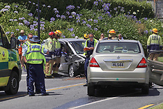 Tauranga-Two trapped in head on collision, Ohauiti Road