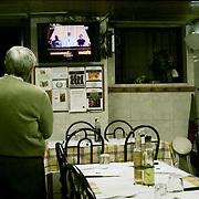 Europa, Portugal, Lissabon. 13.03.2013 im Restaurante Casa Eurico Ferreira in der Largo S&atilde;o Crist&oacute;v&atilde;o 3. Der neu gew&auml;hlte Papst Franziskus wird der &Ouml;ffentlichkeit vorgestellt.<br /> Europe, Portugal, Lisbon. 13.03.2013 in the Restaurante Casa Eurico Ferreira in the Largo S&atilde;o Crist&oacute;v&atilde;o 3. The newly elected Pope Franziskus is presented to the public.<br /> &copy; 2013 Harald Krieg / Agentur Focus