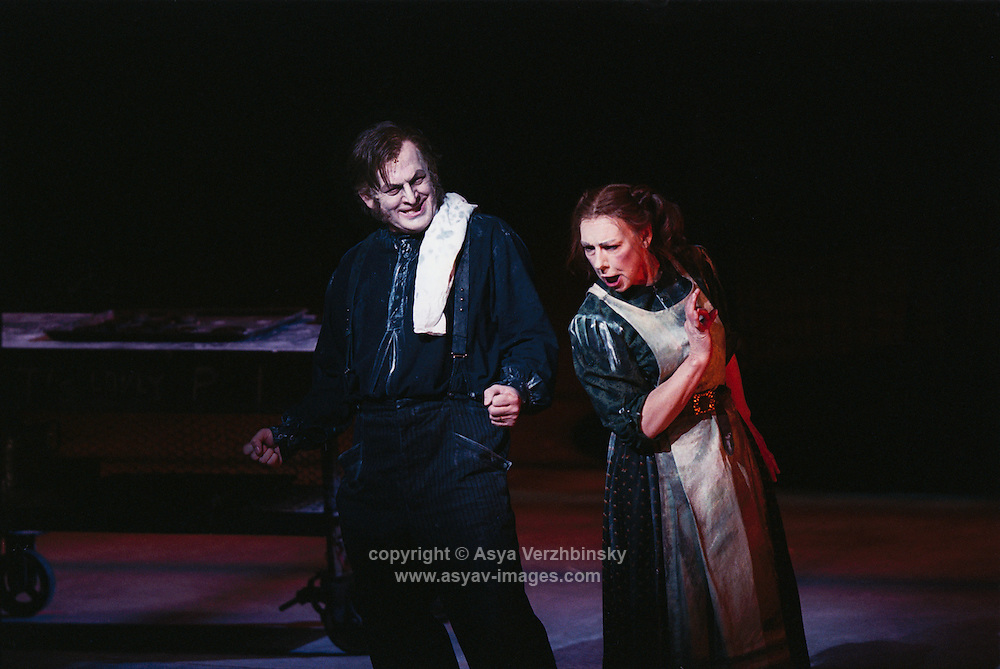 Tomas Allen in Royal Opera's Sweeney Todd