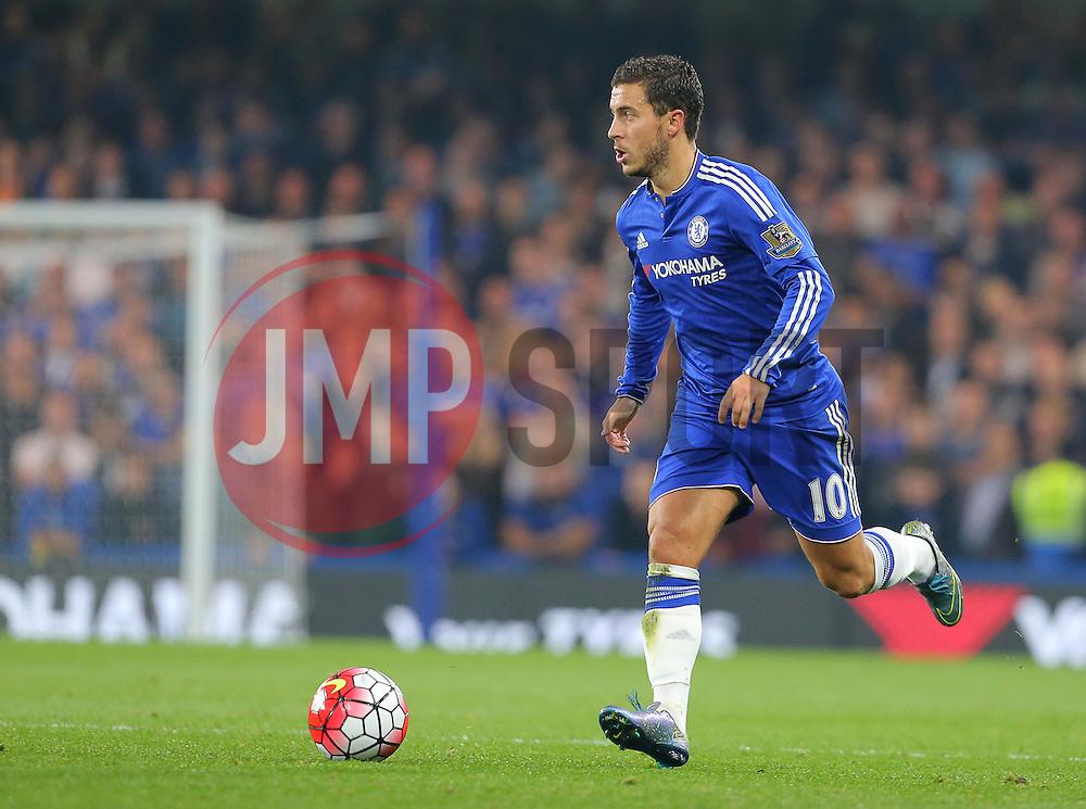 Eden Hazard of Chelsea - Mandatory byline: Paul Terry/JMP - 07966 386802 - 03/10/2015 - FOOTBALL - Stamford Bridge - London, England - Chelsea v Southampton - Barclays Premier League