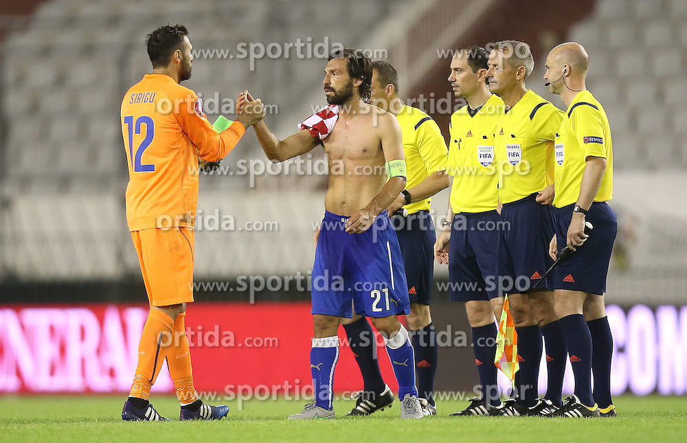 12.06.2015, Stadion Poljud, Split, CRO, UEFA Euro 2016 Qualifikation, Kroatien vs Italien, Gruppe H, im Bild Salvatore Sirigu, Andrea Pirlo // during the UEFA EURO 2016 qualifier group H match between Croatia and and Italy at the Stadion Poljud in Split, Croatia on 2015/06/12. EXPA Pictures &copy; 2015, PhotoCredit: EXPA/ Pixsell/ Igor Kralj<br /> <br /> *****ATTENTION - for AUT, SLO, SUI, SWE, ITA, FRA only*****