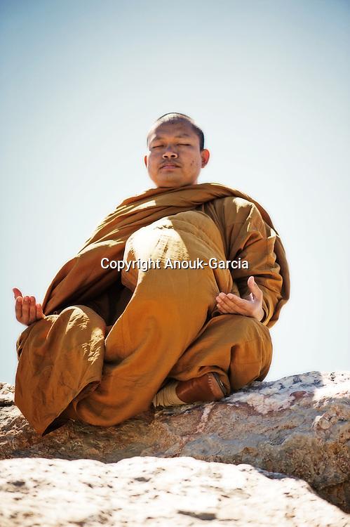 Luang Pu Nenkham chattigo. Moine de la Forêt