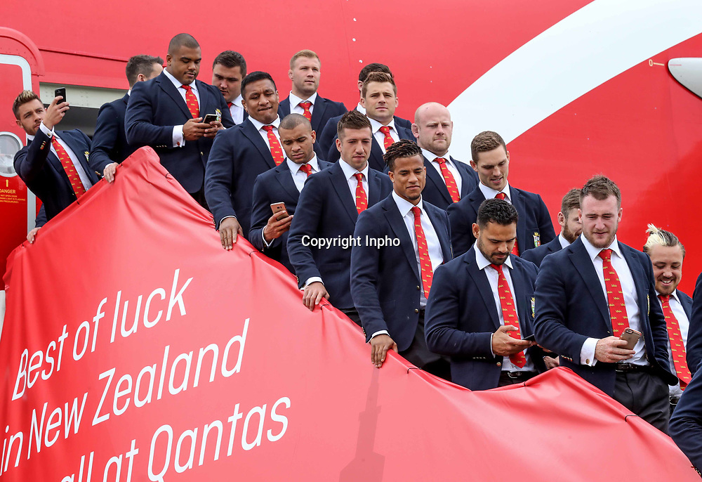 2017 British &amp; Irish Lions Tour To New Zealand<br /> The British &amp; Irish Lions Depart For New Zealand, Heathrow Airport, London 29/5/2017<br /> Kyle Sinckler, Mako Vunipola, CJ Stander, Jonathan Joseph, Justin Tipuric, Dan Cole, Anthony Watson, George North, Ben T'eo and Stuart Hogg<br /> Mandatory Credit &copy;INPHO/Dan Sheridan / www.photosport.nz