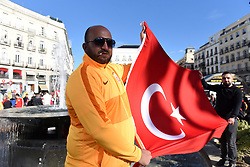 November 6, 2019, Madrid, Spain: Galatasay fans holding a Turkish flag in Madrid..Around 3000 Galatasaray fans gather in central Madrid ahead of the UEFA Champions League match between Real Madrid and Galayasaray. (Credit Image: © John Milner/SOPA Images via ZUMA Wire)