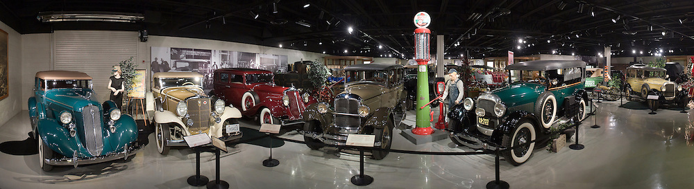 Studebaker National Museum, South Bend, IN...Photo by Matt Cashore..Use of this image prohibited without authorization and/or compensation..To contact Matt Cashore:.574.220.7288.574.233.6124.cashore1@michiana.org.www.mattcashore.com