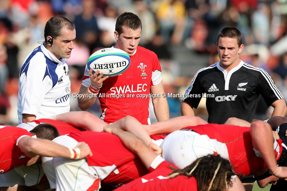 Scrum-half - New Zealand 43 v 10 Wales - 13th June 2010 - C A Colon - Santa Fe - Photo : Martin Seras Lima
