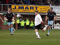 Photo: Mark Stephenson/Richard Lane Photography. <br /> Hereford United v Bury. Coca-Cola League Two. 21/03/2008. Hereford's Gary Hooper tries a shot