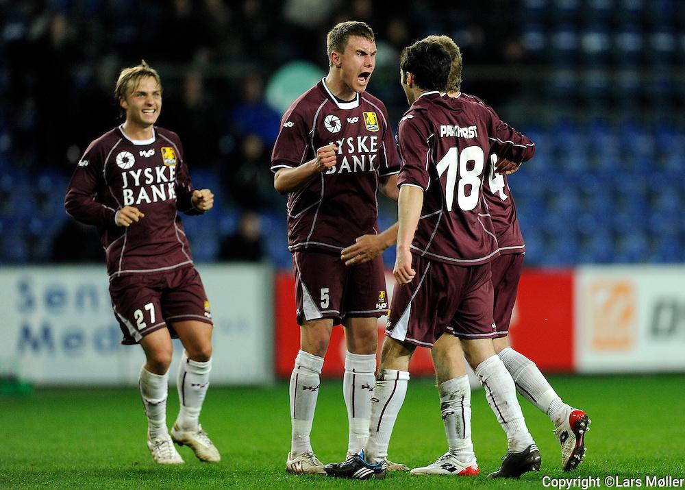 DK:<br /> 20100415, Br&oslash;ndby, Danmark:<br /> SAS Liga Br&oslash;ndby-FC Nordsj&aelig;lland: <br /> Pierre Bengtsson, FC Nordsj&aelig;lland, FCN., Andreas Bjelland, FC Nordsj&aelig;lland, FCN., Michael Parkhurst, FC Nordsj&aelig;lland, FCN. jubler efter sejren<br /> Foto: Lars M&oslash;ller<br /> UK: <br /> 20100415, Brondby, Denmark:<br /> SAS League Br&oslash;ndby-FC Nordsj&aelig;lland: <br /> Pierre Bengtsson, FC Nordsj&aelig;lland, FCN., Andreas Bjelland, FC Nordsj&aelig;lland, FCN., Michael Parkhurst, FC Nordsj&aelig;lland, FCN. jubler efter sejren<br /> Photo: Lars Moeller