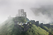 ENGLAND, Corfe. 6th May 2013. Corfe Castle. Saxons and Vikings: Siege of Wareham at the Castle.