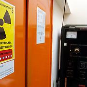 EDIFICIO DE TECNOLOGIA NUCLEAR - IVIC<br /> San Antonio de los Altos, Estado Miranda - Venezuela 2007<br /> (Copyright © Aaron Sosa)