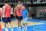 DESCRIZIONE : Francia Boulazac Torneo Nazionale Italiana Maschile Sperimentale Francia<br />  GIOCATORE : Luca Dalmonte<br />  CATEGORIA : allenamento curiosita mani<br />  SQUADRA : Italia Nazionale Maschile Sperimentale<br />  EVENTO : Torneo Nazionale Italiana Maschile Sperimentale Francia<br /> GARA : Italia Sperimentale Francia<br /> DATA : 28/06/2012 <br />  SPORT : Pallacanestro<br />  AUTORE : Agenzia Ciamillo-Castoria/GiulioCiamillo<br />  Galleria : FIP Nazionali 2012<br />  Fotonotizia : Francia Boulazac Torneo Nazionale Italiana Maschile Sperimentale Francia<br />  Predefinita :