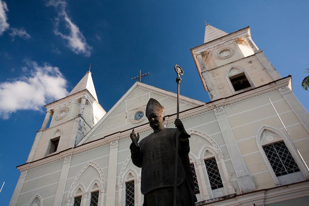 Campanha_MG, Brasil...Catedral de Santo Antonio na cidade de Campanha...Santo Antonio cathedral in Campanha town...Foto: LEO DRUMOND / NITRO.....