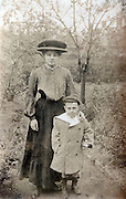 mother with child England early 1900s