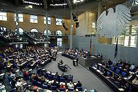 """07 SEP 2005, BERLIN/GERMANY:<br /> Uebersicht Plenum des Deutschen Bundestages waehrend der letzten Regierungserklaerung von Gerhard Schroeder, vor der Bundestagswahl, zum Thema """"Deutschland ist auf dem richtigen Weg - Vertrauen in die Staerken unseres Landes""""<br /> Overall view of the plenary while the last speech of Gerhard Schroeder, Federal Chancellor, before the general elections, Deutscher Bundestag<br /> IMAGE: 20050907-01-024<br /> KEYWORDS: Gerhard Schröder, Regierungserklärung, Übersicht, Bundesadler"""