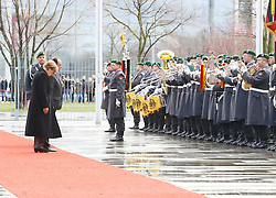 31.03.2015, Bundeskanzleramt, Berlin, GER, SPO, Staatsbesuch, Hollande, im Bild Bundeskanzlerin Angela Merkel (CDU) und Francois Hollande, Staatspraesident Frankreich, beim Gruessen der Bundesfahne // POL during the 17th German- French Council of Ministers Bundeskanzleramt in Berlin, Germany on 2015/03/31. EXPA Pictures © 2015, PhotoCredit: EXPA/ Eibner-Pressefoto/ Hundt<br /> <br /> *****ATTENTION - OUT of GER*****