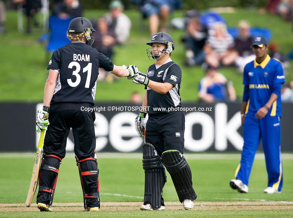 New Zealand final batsman to finish off the win, Harry Boam and New Zealand captain Craig Cachopa. New Zealand v Sri Lanka, U19 Cricket World Cup group stage match, Village Green, QEII, Christchurch, Wednesday 20 January 2010. Photo : Joseph Johnson/PHOTOSPORT