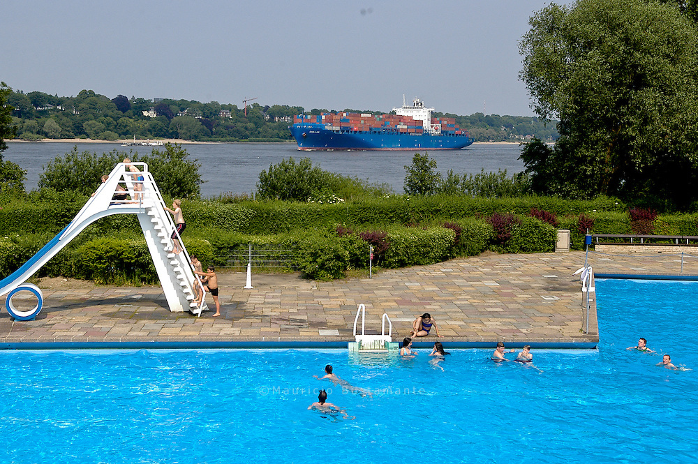 Schwimmbad in Finkenwerder, Hamburg. Germany.