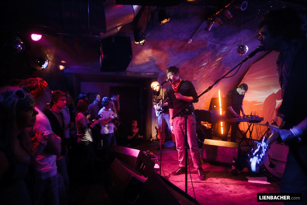 Yeah!Club Rockhouse, 4. 4. 09: Antennas. Photo: Wolfgang Lienbache