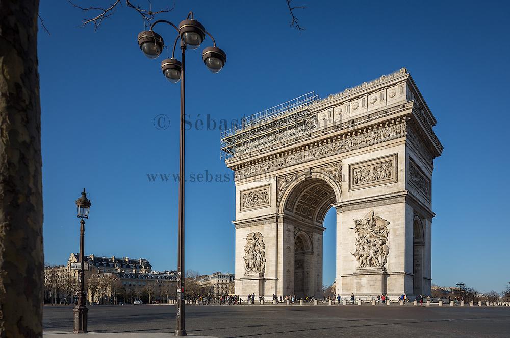 Arc de Triomphe // Arc de Triomphe monument