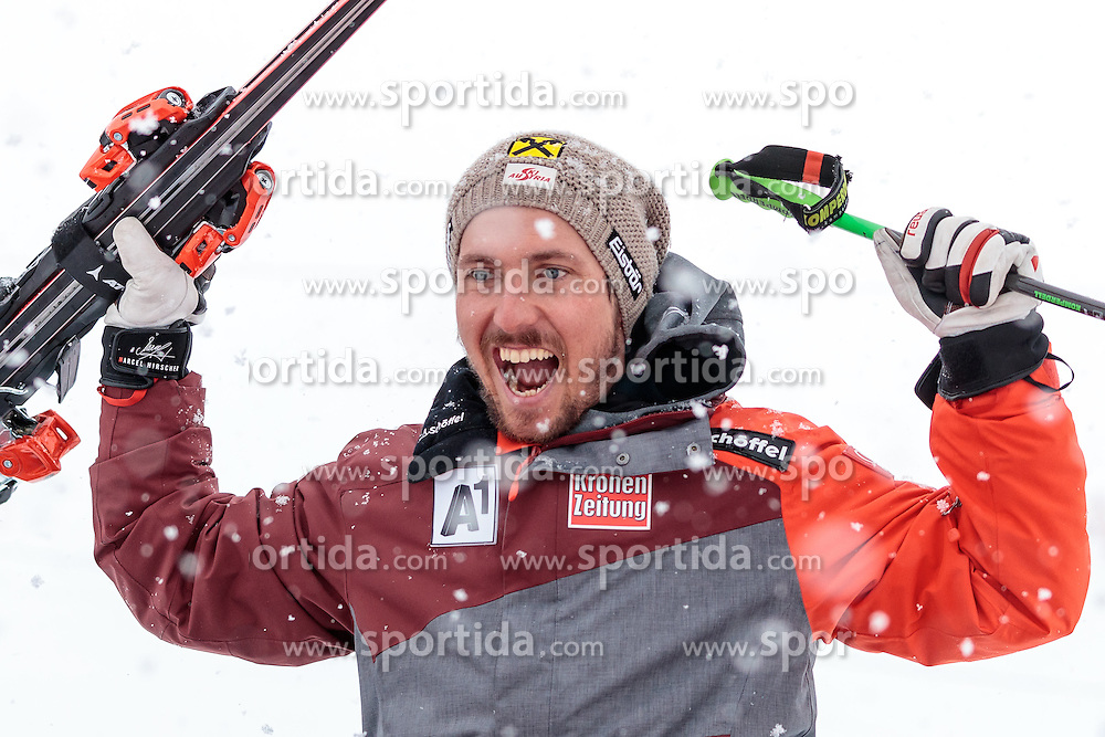 17.02.2017, St. Moritz, SUI, FIS Weltmeisterschaften Ski Alpin, St. Moritz 2017, Riesenslalom, Herren, Flower Zeremonie, im Bild Marcel Hirscher (AUT, Herren Riesenslalom Weltmeister und Goldmedaille) // men's Giant Slalom world Champion and Gold medalist Marcel Hirscher of Austria during the Flowers ceremony for the men's Giant Slalom of the FIS Ski World Championships 2017. St. Moritz, Switzerland on 2017/02/17. EXPA Pictures © 2017, PhotoCredit: EXPA/ Johann Groder