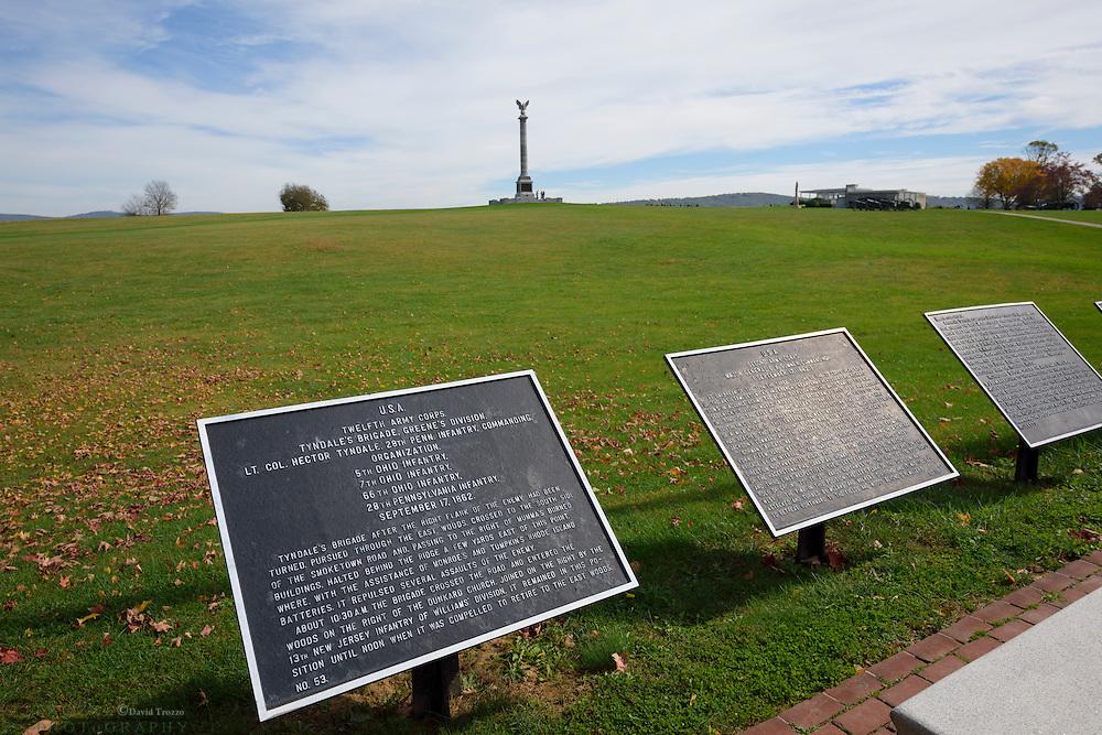 Historic markers and the New York Memorial, Antietam National Battlefield, Sharpsburg, Maryland, USA.