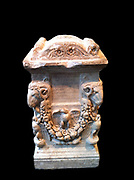 Marble Roman funerary altar. Early Imperial, Julio-Claudian ca. A.D. 14–68