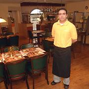NLD/Huizen/20070529 - Gino Fural van restaurant Toscana Kostmand Huizen