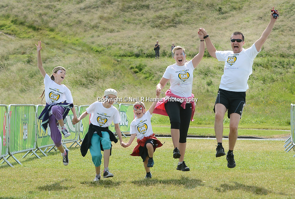 Subway Helping Hearts Family 5k<br /> Holyrood Park, Edinburgh<br /> Sunday 6th July 2014<br /> <br /> <br /> <br /> Neil Hanna Photography<br /> www.neilhannaphotography.co.uk<br /> 07702 246823