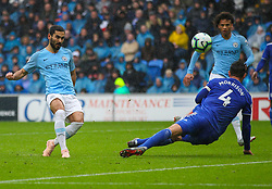 September 22, 2018 - Cardiff City, England, United Kingdom - Ilkay Gundogan of Manchester City shoots at goal during the Premier League match between Cardiff City and Manchester City at Cardiff City Stadium,  Cardiff, England on 22 Sept 2018. (Credit Image: © Action Foto Sport/NurPhoto/ZUMA Press)